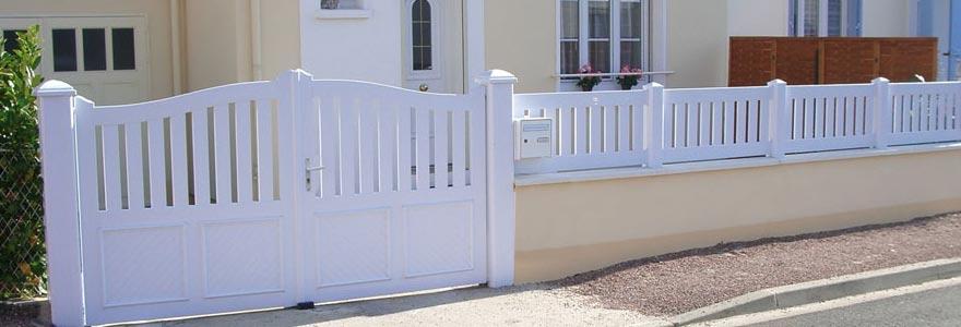poser un portail en PVC ou alu par un professionnel